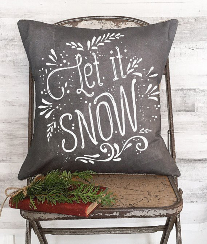 DIY-Christmas-Pillow-Let-it-snow