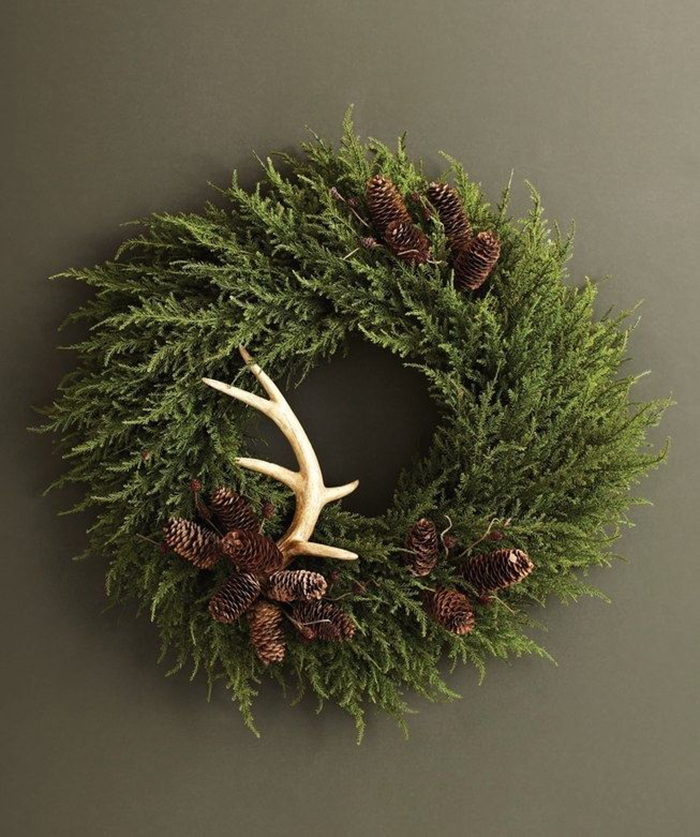 holiday christmas antler wreath - 653×781