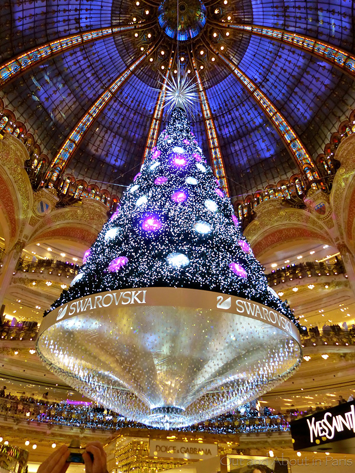 Galleries-Lafayette-Indoor-Christmas-Tree-Swarovski