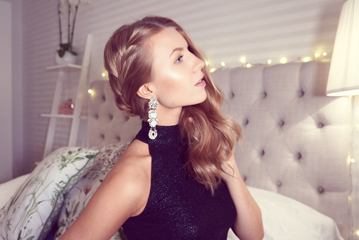 Hairstyle-for-Long-Hair-New-Year's-Eve-Ideas