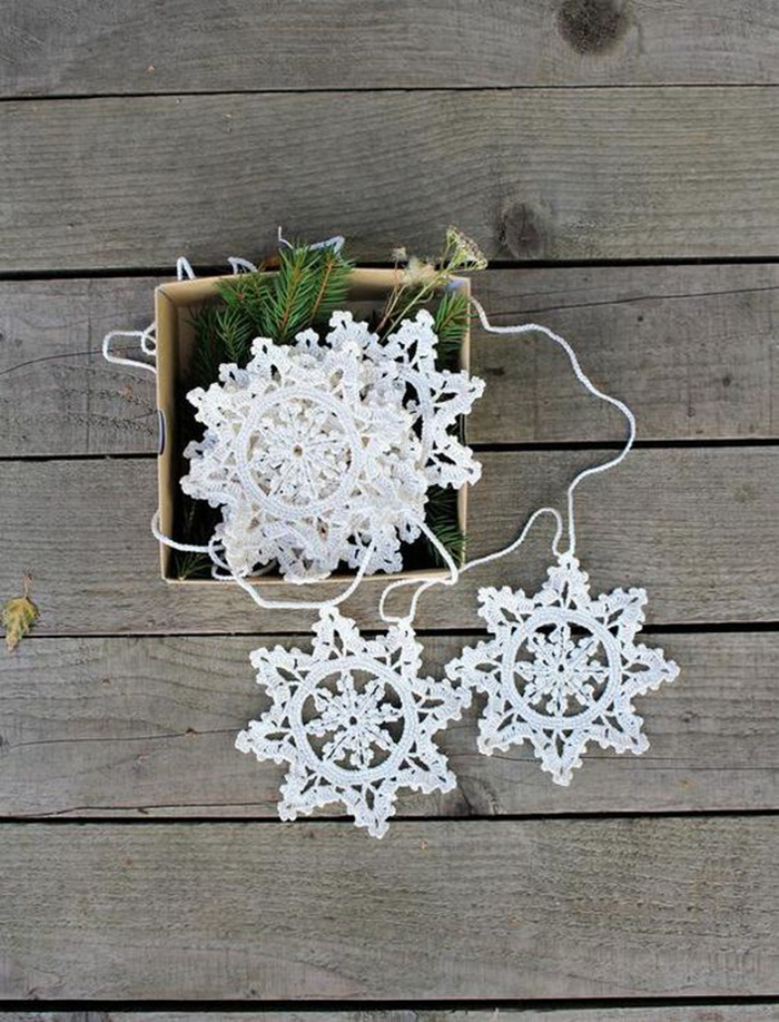 Knitted-DIY-Christmas-Tree-Toy-Snowflake