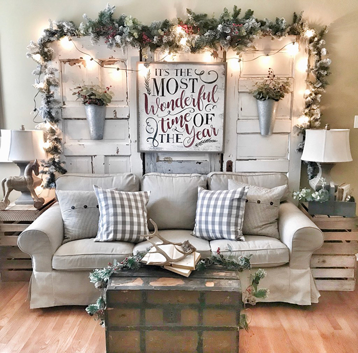 Living-Room-Decorations-Christmas-Time-Pillows