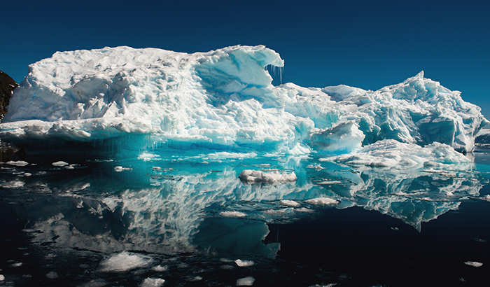 Melting-Iceberg-in-Antarctica-Climate-Change