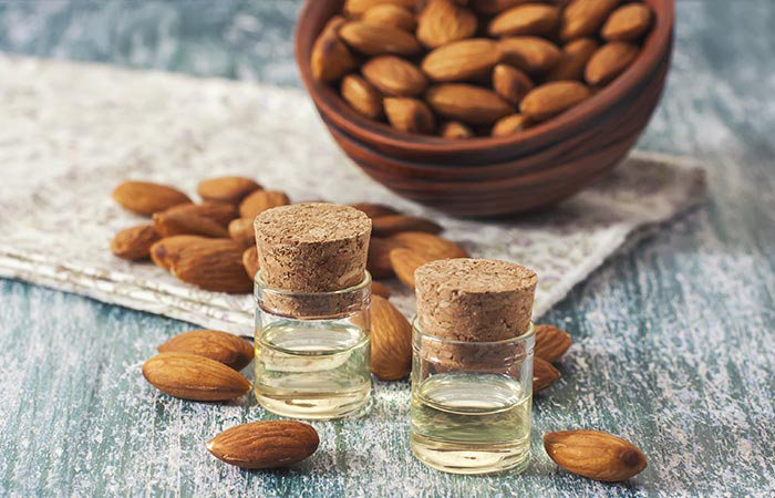 Natural-Products-For-Skin-Almond-oil