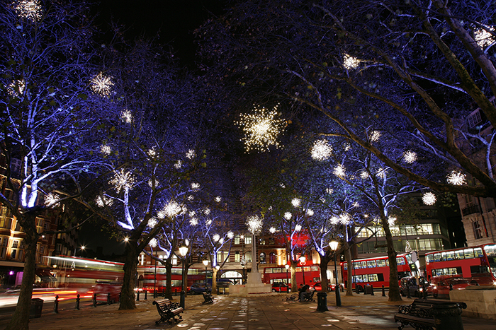 New-Year's-Eve-in-London-Streets
