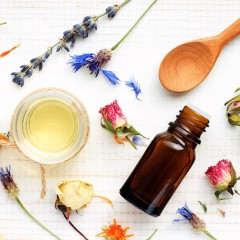 7-Ways Portable Aromatherapy Can Be Your Ticket To A Happier Life