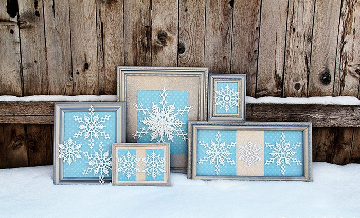 Snowflakes-in-a-Frame-DIY-Holiday-Decor-Ideas