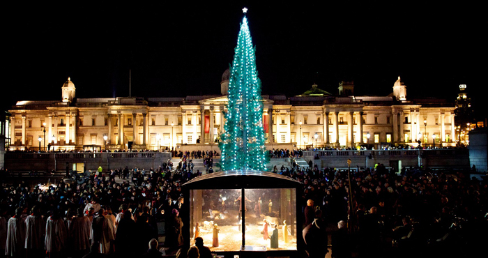 Trafalgar-Square-Outdoor-Christmas-tree-London