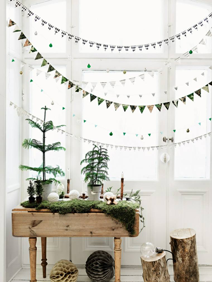 Vintage-DIY-Christmas-Window-Home-Decor-Inspiration