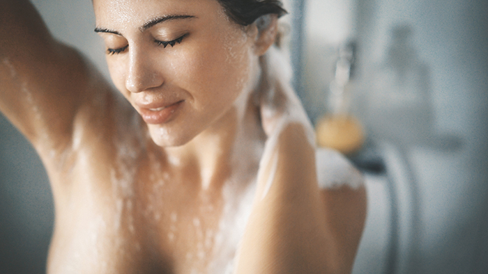 Winter-Skin-Care-Tips-Showering