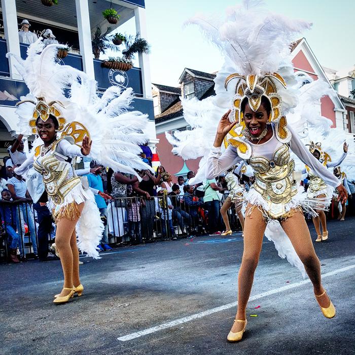 junkanoo-bahamas-celebrate-new-year-parade