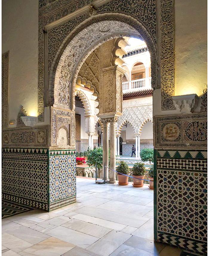 moroccan-pattern-interior-design