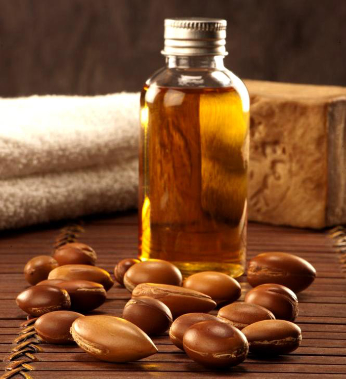 Argan-Oil-Benefits-For-Hair