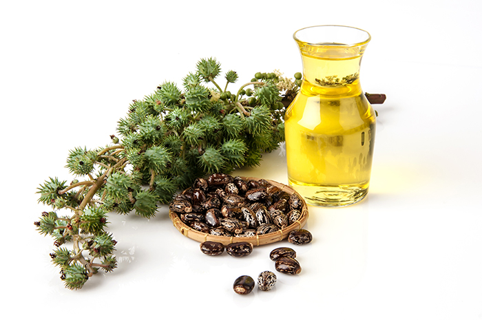 Castor-oil-for-Healthy-and-Long-Hair