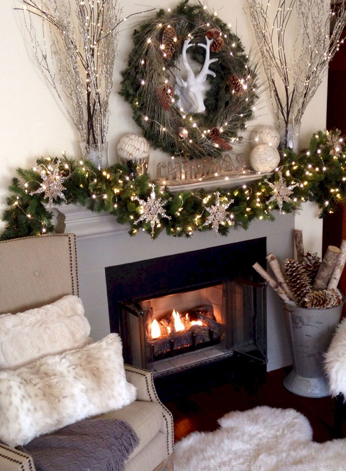 Cozy-Fireplace-Christmas-Decor-Ideas