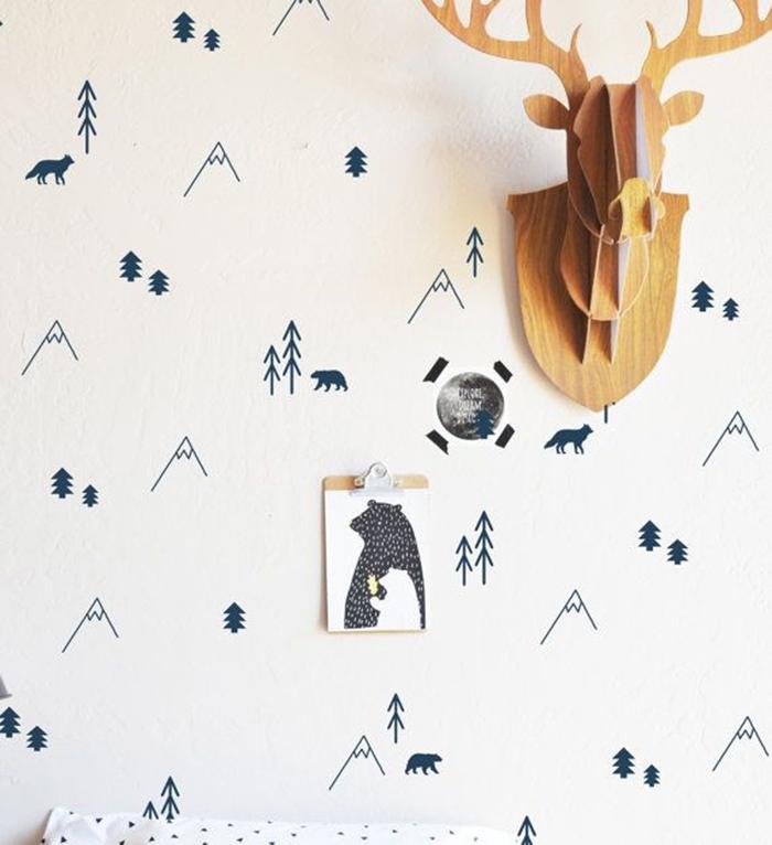 Creative-Christmas-Wall-decoration-Ideas