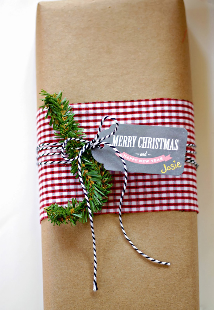 DIY-Christmas-Wrapped-Gift-Brown-Paper-Ideas