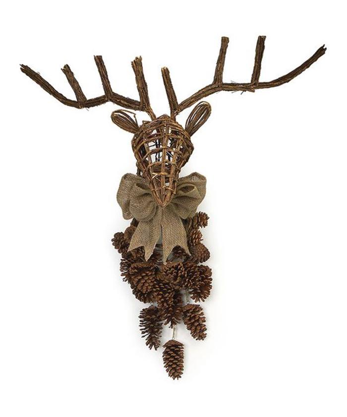 DIY-Wooden-Deer-Christmas-Wall-decor-Ideas