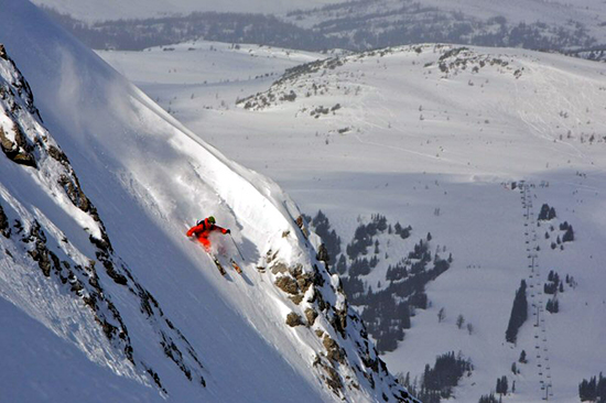 Delirium-Dive-Most-Dangerous-Ski-Slopes