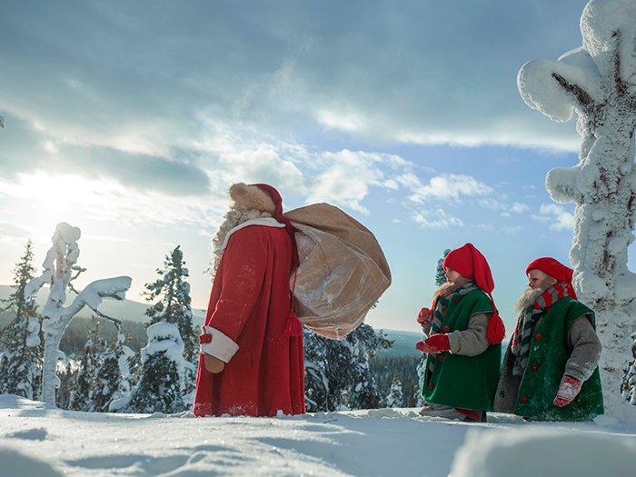 Finnish-Christmas-Experience-Santa-Claus-and-Dwarfs