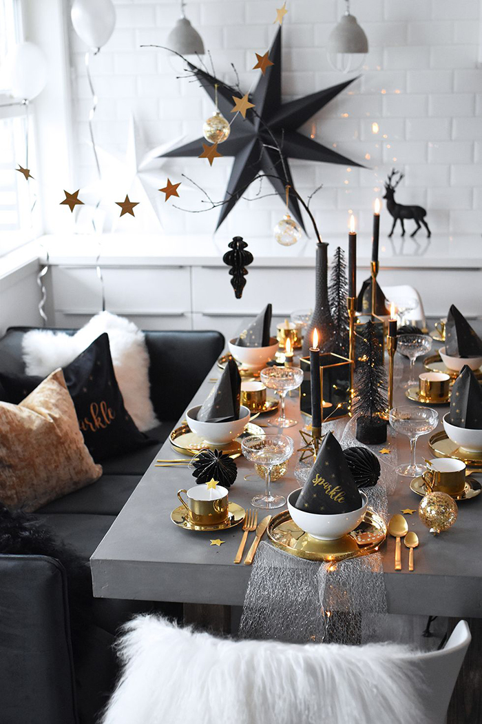 Grey-Elegant-Christmas-Table