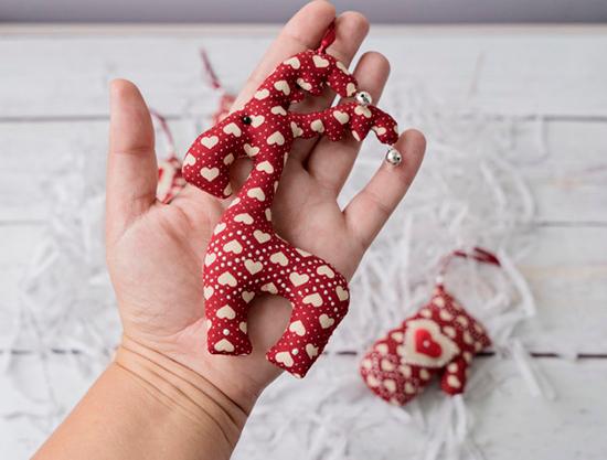 Handmade-Christmas-Gift-Tree-Toy-Ideas