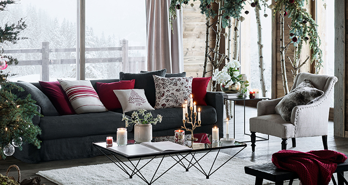 Industrial-Modern-Rustic-Chrismtas-Decor-Living-Room