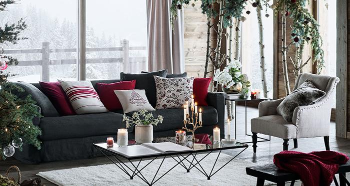 Industrial-Modern-Rustic-Chrismtas-Decor-Living-Room