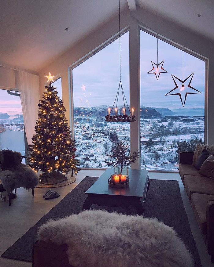 Modern-Industrial-Rustic-Style-Christmas-Home-Decor