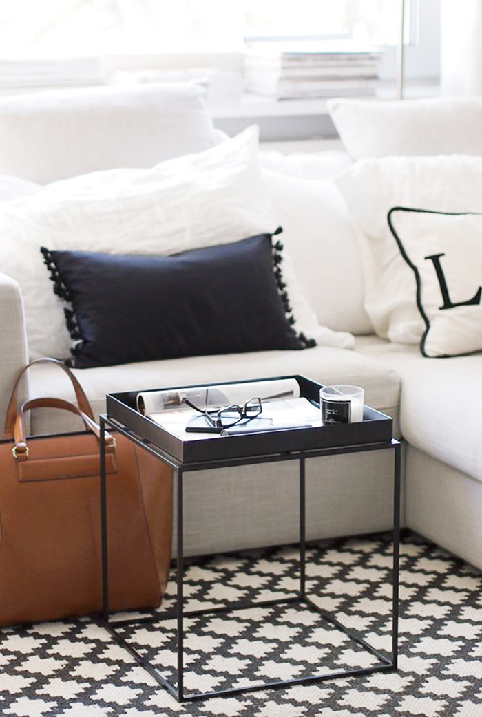 Modern-Living-Room-Metal-Coffee-Table