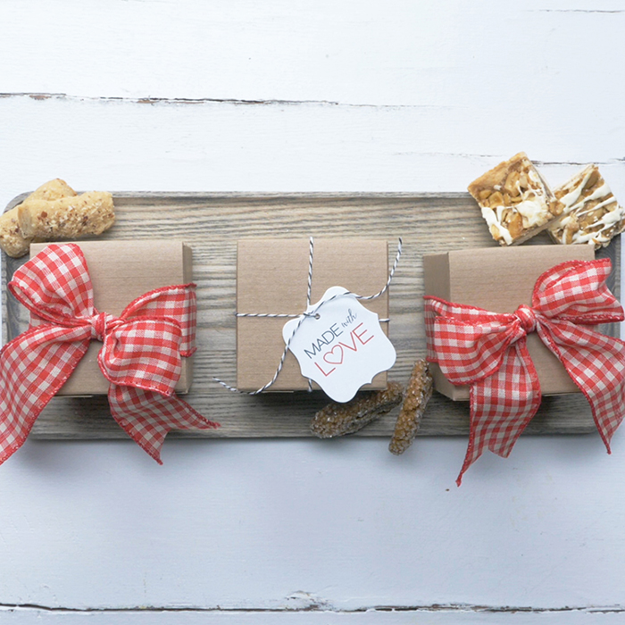 Rustic-Christmas-Wrapping-DIY-Ideas