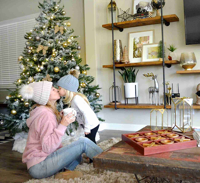 Rustic-Industrial-Christmas-Home-Decor
