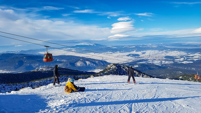 Skiing-in-Borovets-Bulgarian-Ski-Resort