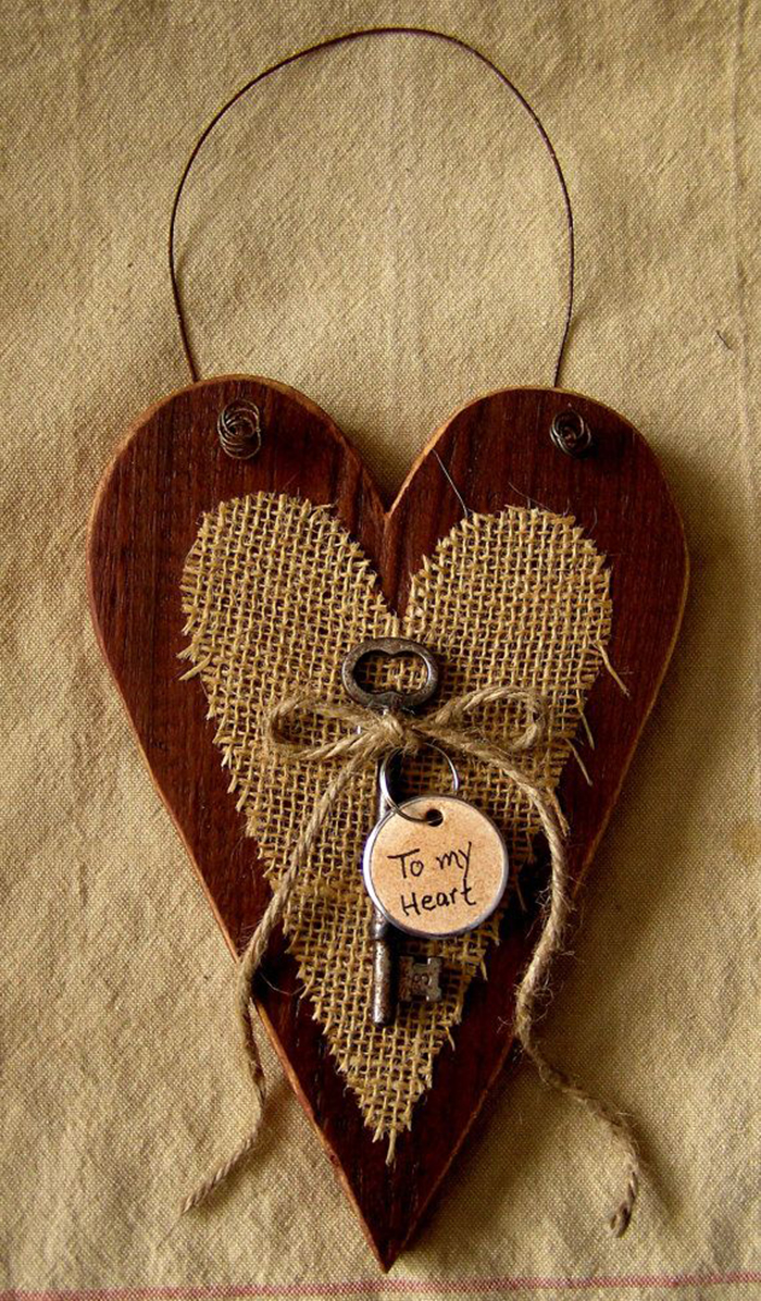 Valentines-Day-DIY-heart-made-of-wood-and-burlap