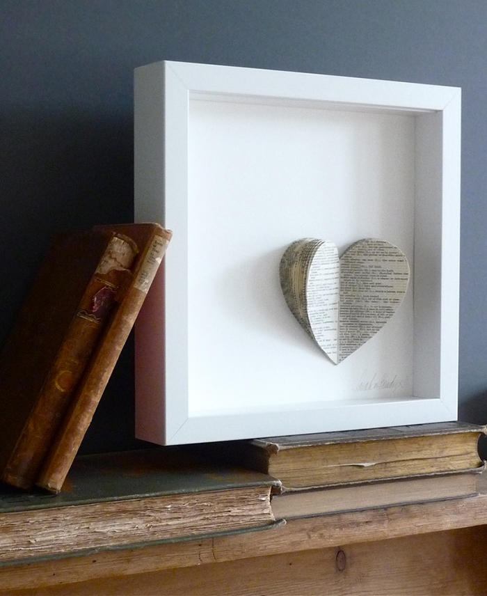 Valentines-day-paper-heart-in-a-frame