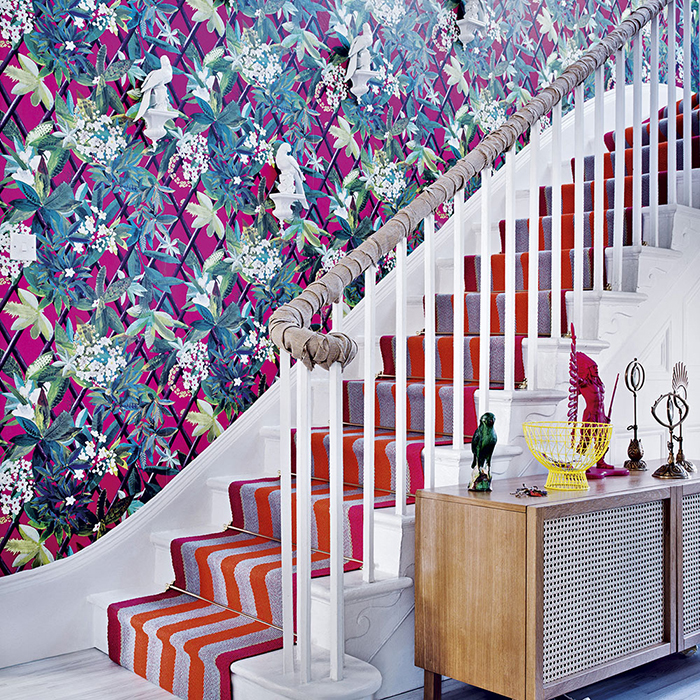 Vintage-Tropical-Wallpaper-Hallway-Ideas