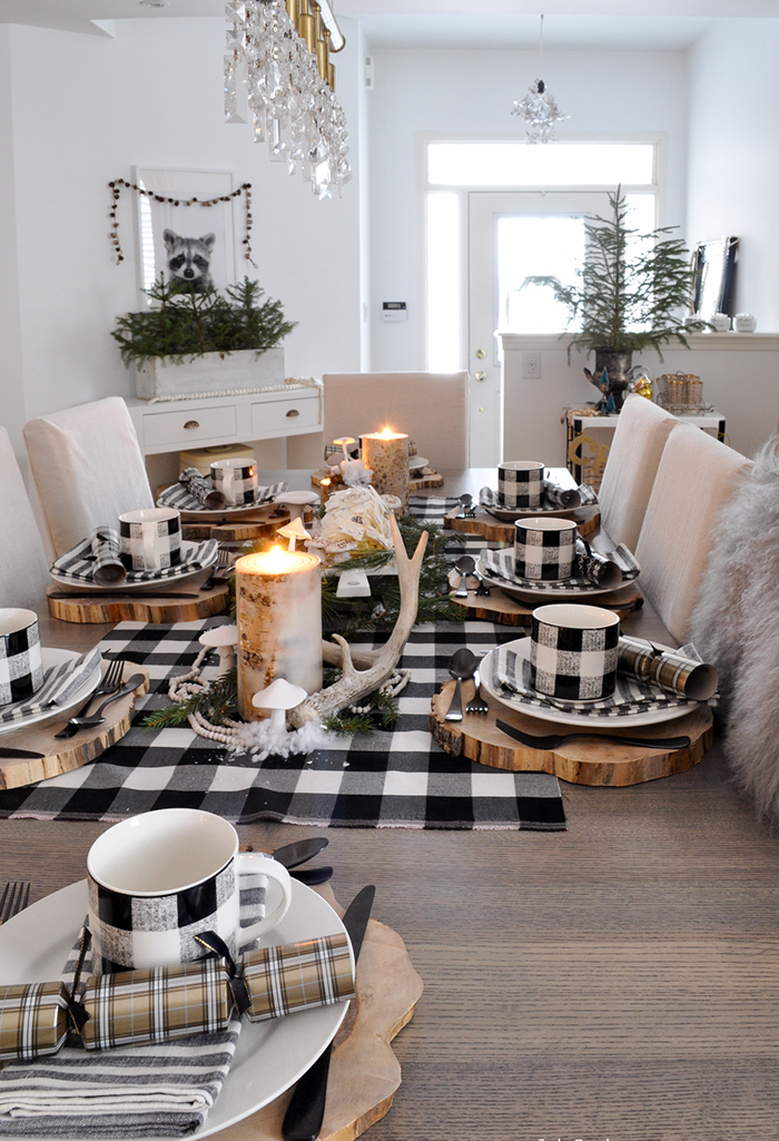 Wooden-Table-Decor-for-Christmas