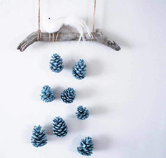 easy-christmas-wall-diys-ideas