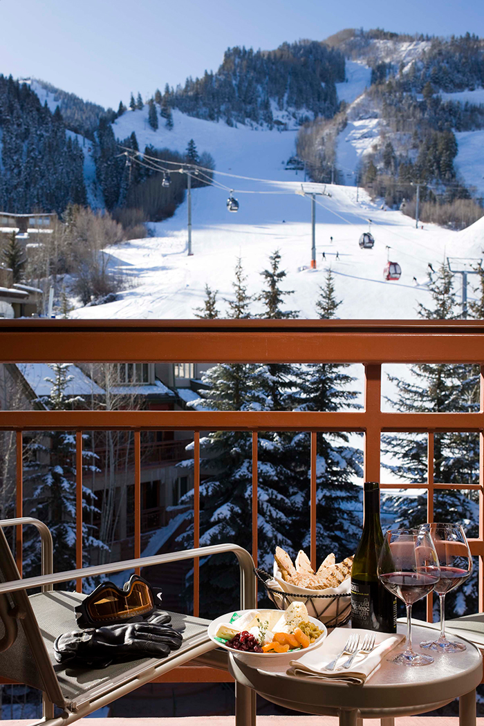 Best-Romantic-Ski-Resorts-in-the-World-2