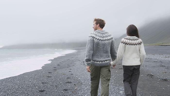 Black-Beaches-in-iceland-on-your-honeymoon