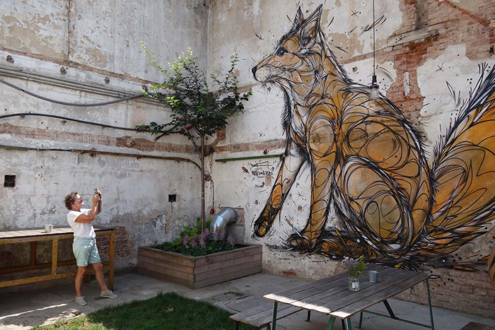 Graffiti-Street-Art-in-Prague