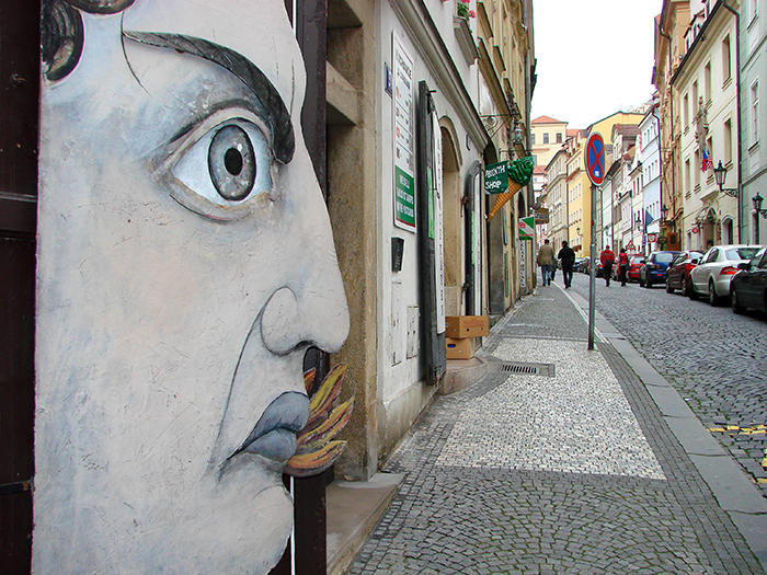Interesting-Street-Art-Prague-Czech_Republic