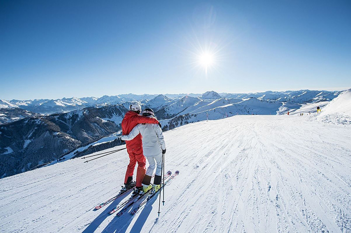 Kitzbühel-Winter-Romance-Ski-Resort