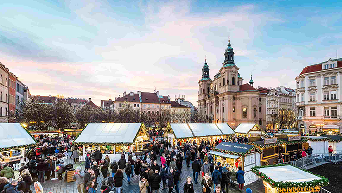 Prague-Chritmas-Market-Winter-Activities