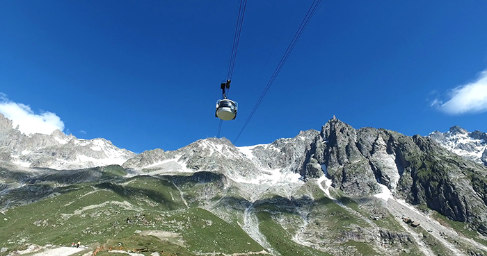 Skyway-Monte-Bianco-ski-lift