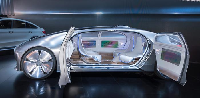 Technological-Driveless-cars