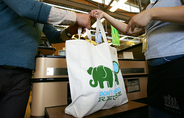 nature-conservation-with-reusable-grocery-bags