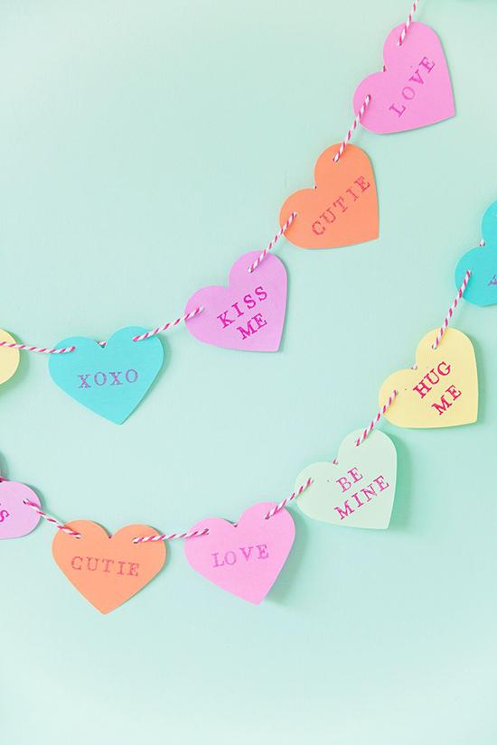 Candy-Heart-Garland-st-valentines-day-ideas