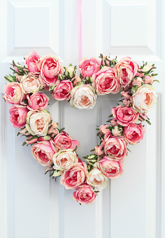 DIY-Heart-door-wreath-ideas