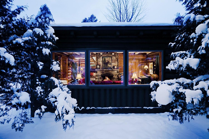 Mountain-Bungalow-for-couples-St-Valentine's-day-ideas